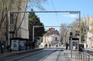 Arrêt ligne 1 tramway « Place Albert 1er – Saint-Charles » / Line 1 tram stop « Place Albert 1er – Saint-Charles »